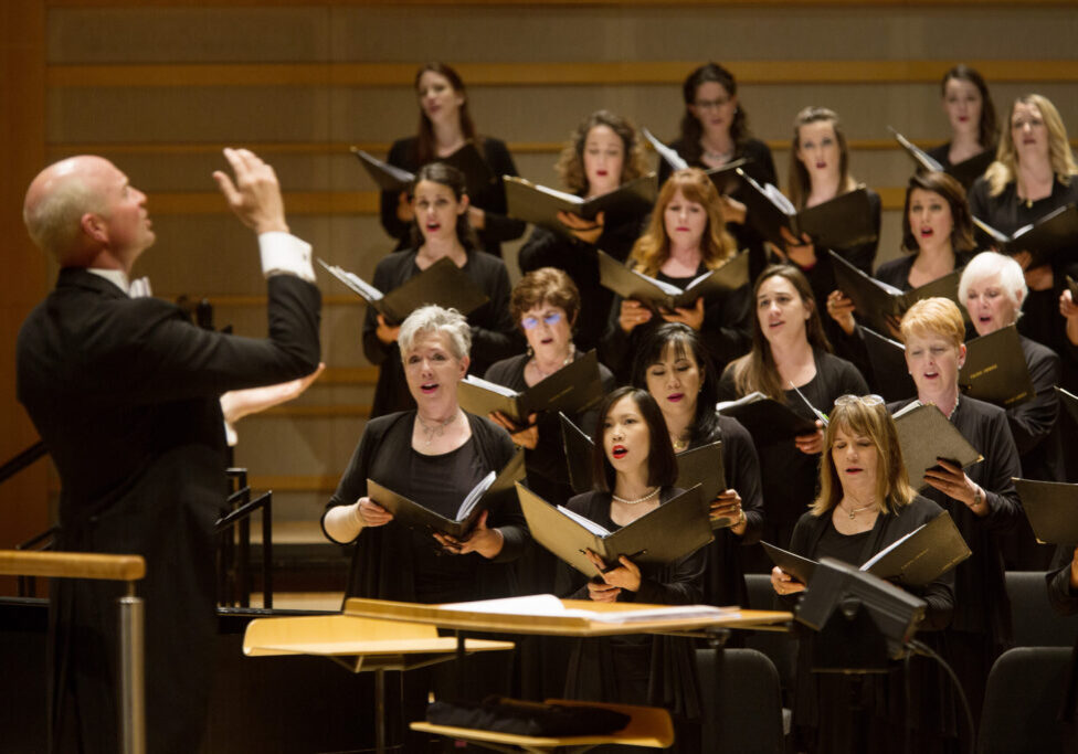 Robert Istad conducts Pacific Choral 17 by Drew Kelley
